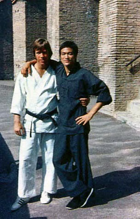 BRUCE LEE & CHUCK NORRIS WAY OF THE DRAGON AUTOGRAPH